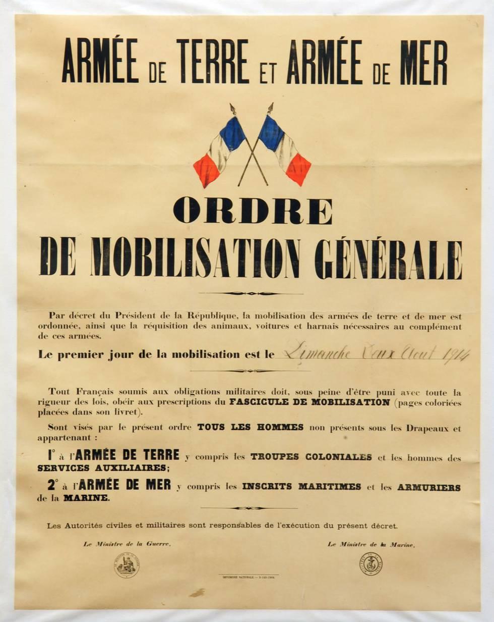 Foto de archivo tomada el 2 de agosto de 1914 y publicada por el Historial de Péronne, Museo de la Primera Guerra Mundial. Muestra un cartel que llama a la movilización general de los ejércitos franceses.