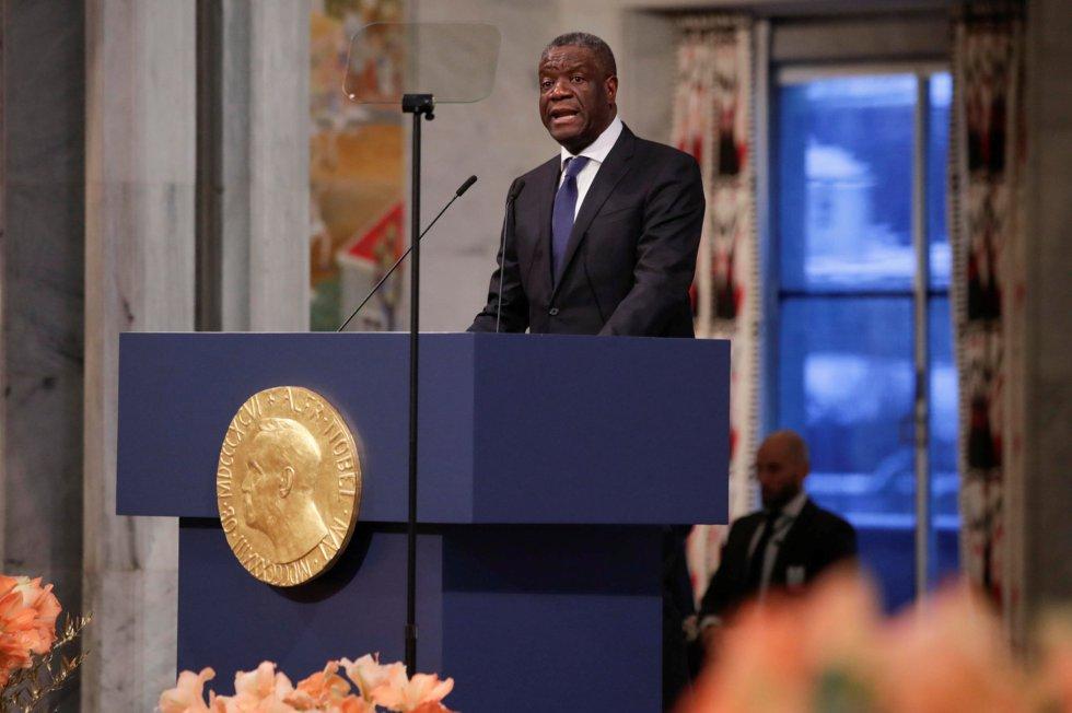 El doctor Denis Mukwege pronuncia su discurso tras ser galardonado con el Premio Nobel de la Paz 2018. Mukwege ha trabajado en la República Democrática del Congo desde el inicio de la guerra, operando a las mujeres víctimas de violencia sexual y convirtiéndose en uno de los mayores especialistas en tortura genital.
