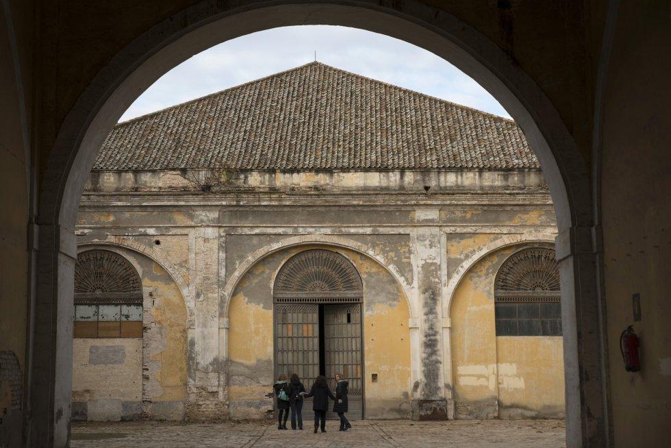 Patio de Carlos III de la Real Fábrica de Artillería de Sevilla, que se convertirá en la entrada al futuro Centro Magallanes.