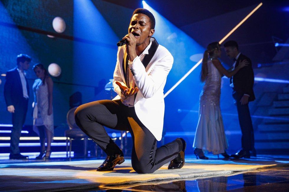 Para proclamarse vencedor, Famous interpretó en la final 'And I Am Telling You I'm Not Going', de Jennifer Hudson, además de Faith, de Stevie Wonder, el tema con el que se presentó ante los espectadores en la gala 0.