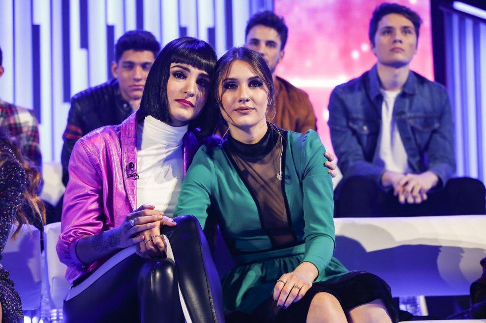 Natalia Lacunza y Sabela Ramil durante la gala.