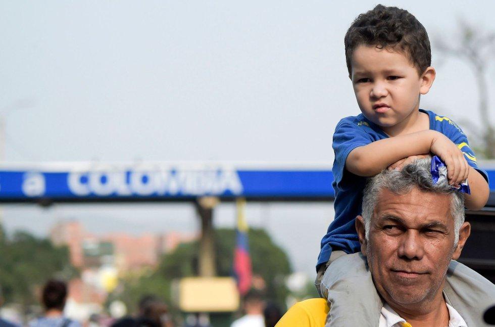 En septiembre de 2018, más de 5.100 venezolanos habían pasado por el centro de atención de Villa del Rosario, el municipio en el que desemboca el puente de Simón Bolívar. La inmensa mayoría de los que huyen de la crisis social y económica que golpea a Venezuela –al menos 2,3 millones de personas, según Naciones Unidas– lo hacen a través de la frontera de Colombia.