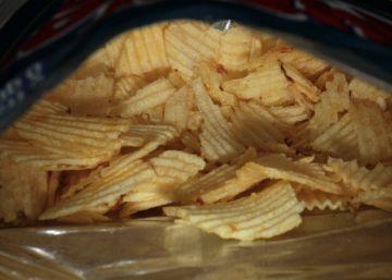 Por qué nos venden bolsas de patatas llenas de aire