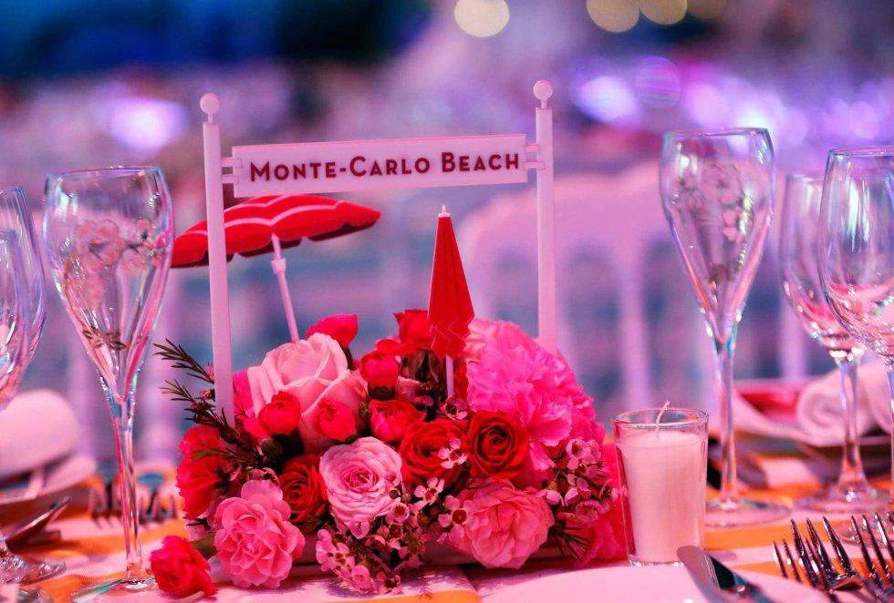 Una imagen de la decoración de Baile de la Rosa, que festeja la llegada de la primavera, una cita diseñada por Karl Lagerfeld.