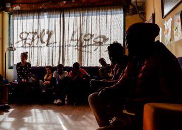 ¿Por qué te fuiste? Los estudiantes de Senegal preguntan a los migrantes