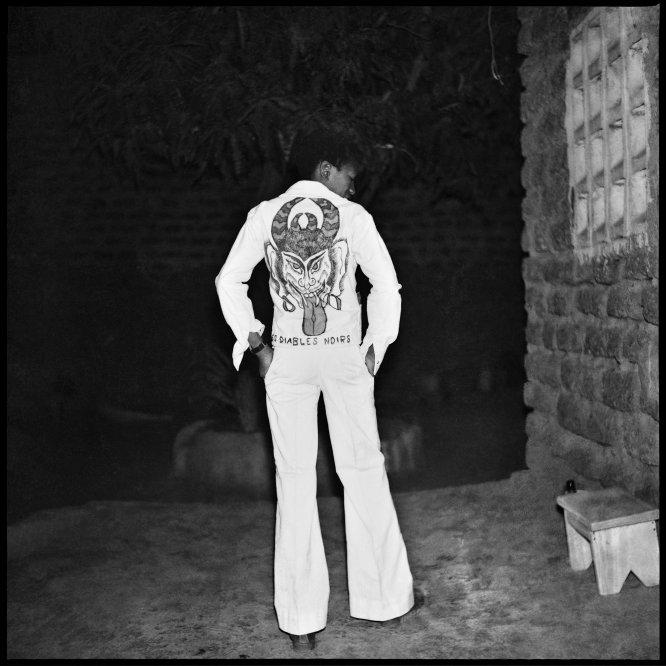 O diabo negro, 1975