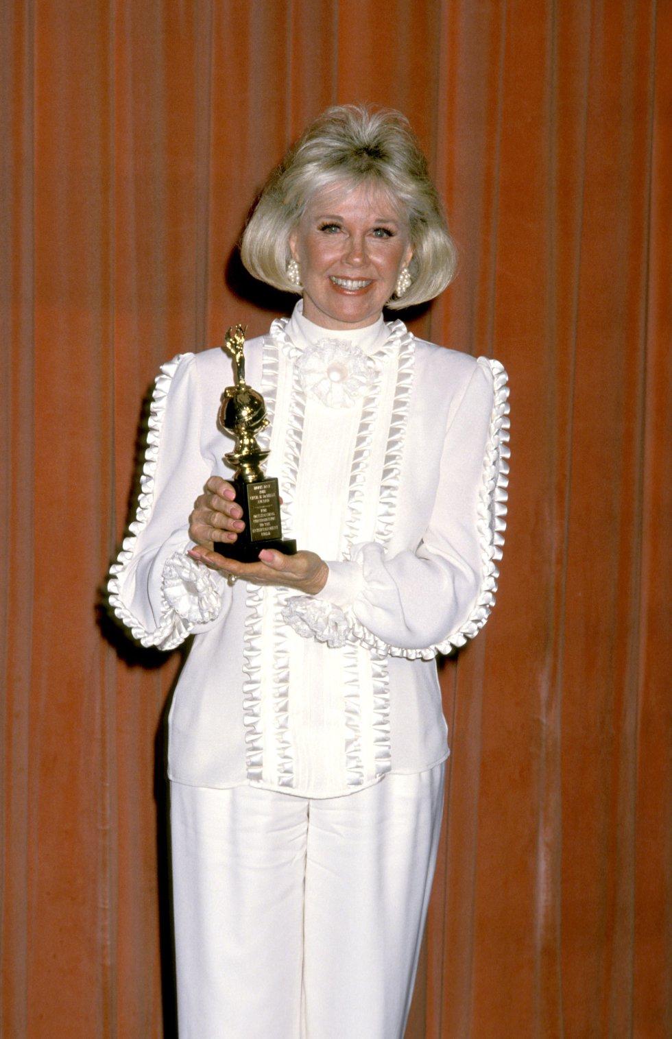 Doris Day, durante la 46ª entrega anual de los premios Golden Globe Awards, en el Beverly Hilton Hotel, en Beverly Hills, California, en 1989.