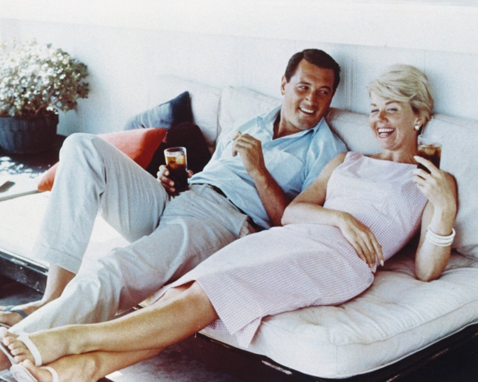 Doris Day, junto al actor estadounidense Rock Hudson, en 1960.