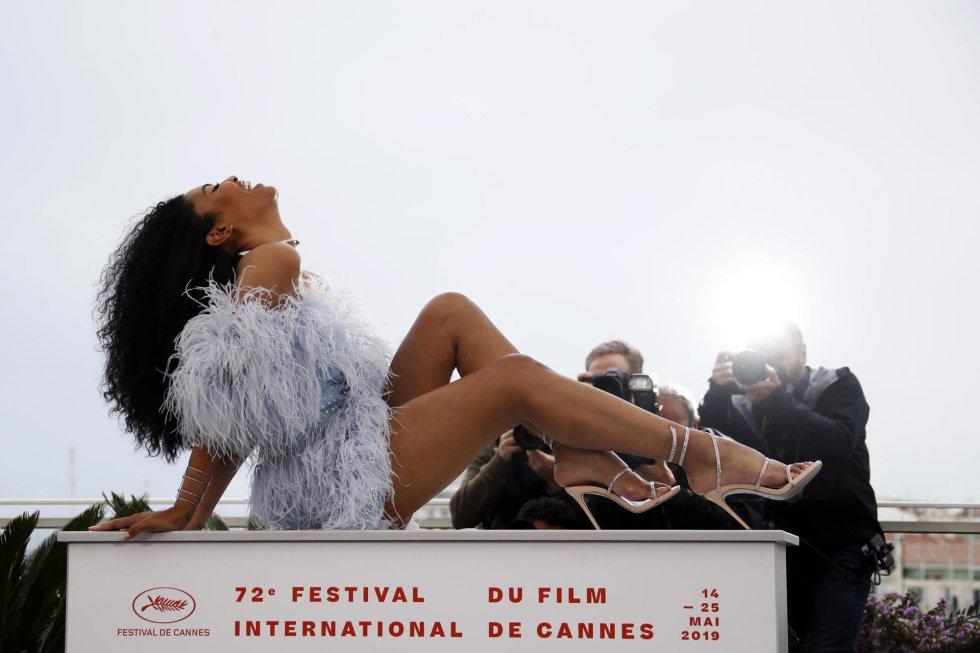 La actriz norteamericana Leyna Bloom posa durante la presentación de la película 'Port Authority', en Cannes.
