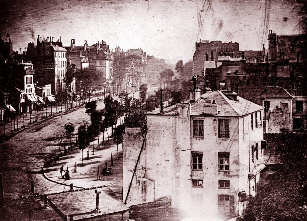Una de las primeras fotografías tomadas por Louis-Jacques-Mandé Daguerre.