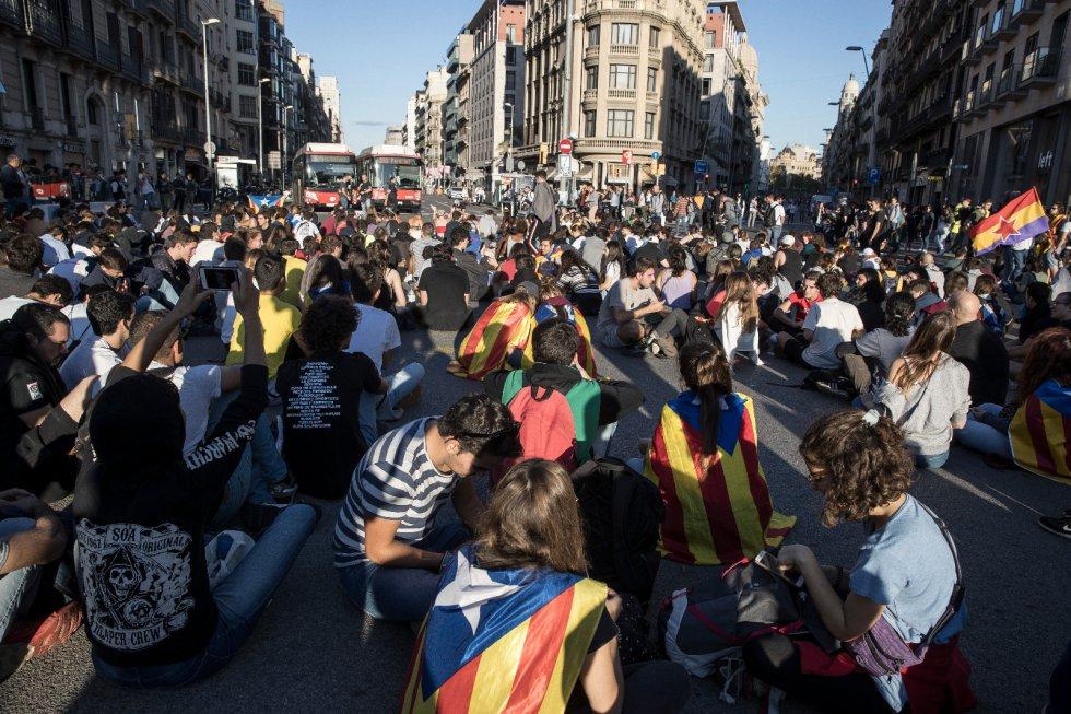 Los independentistas catalanes retoman las manifestaciones, en imágenes 1571152266_965287_1571157063_album_normal