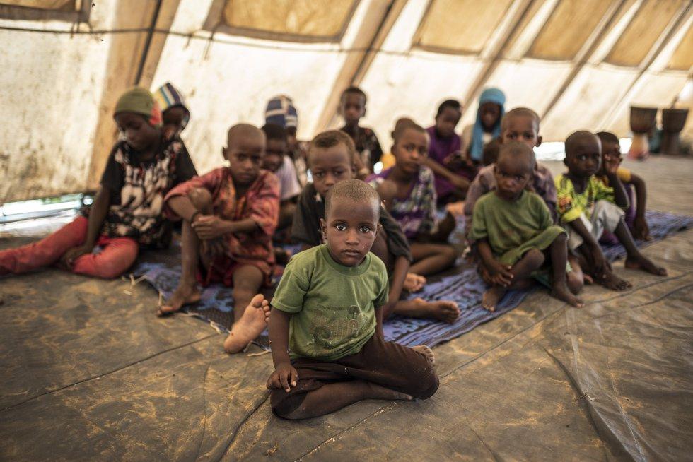 Dos millones de niños malienses, más de la mitad, están fuera del sistema escolar. Todo por culpa de un conflicto que dura ya ocho años y que va de mal en peor, así que las perspectivas son pesimistas.