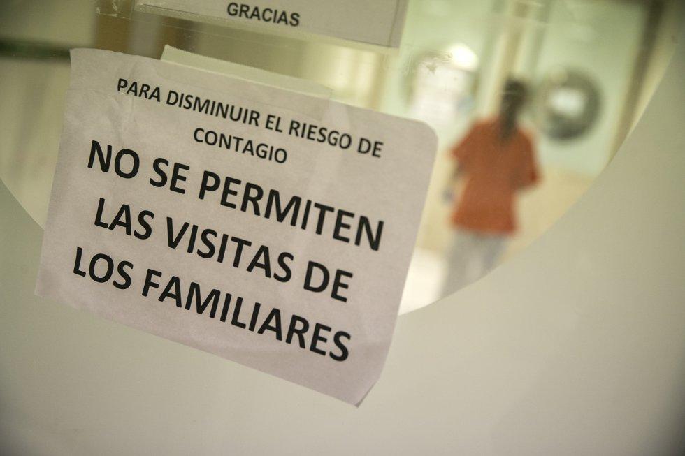Cartel informativo de una de las plantas de hospitalización del Gregorio Marañón.