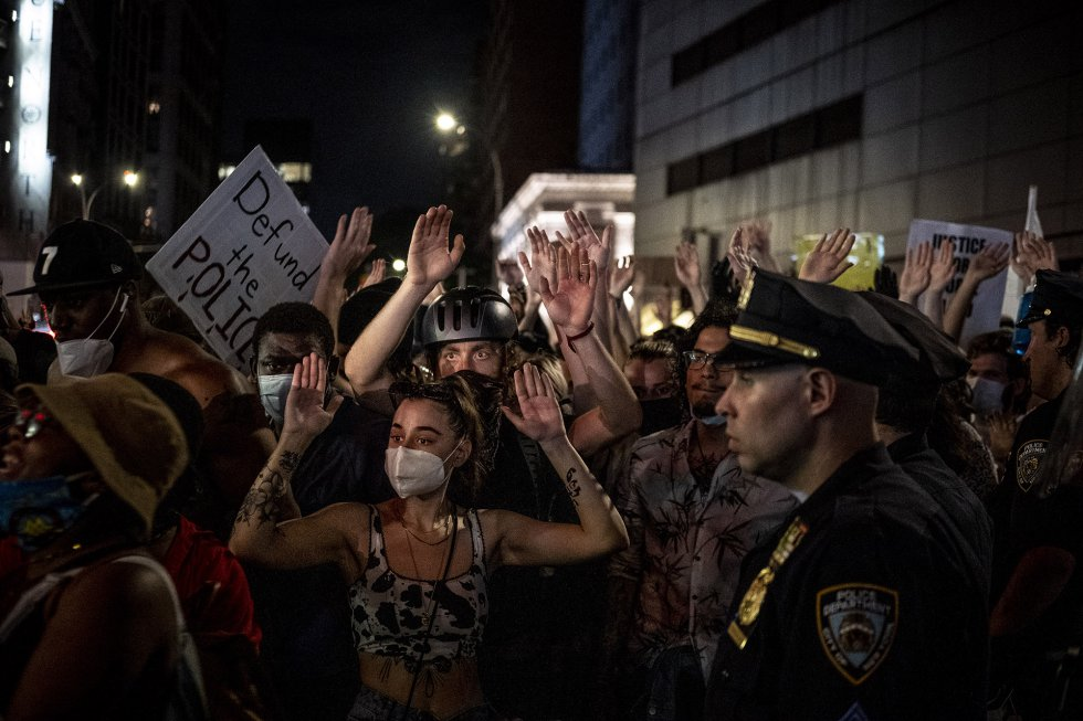 Estas imágenes no retratan manifestaciones, sino funerales masivos por George Floyd y por todos los ciudadanos cuyos derechos se ignoran y se pisotean a diario.