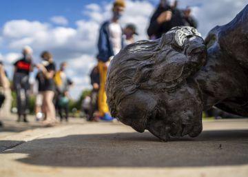 Las estatuas derribadas por los manifestantes antirracistas en Estados Unidos, en imágenes