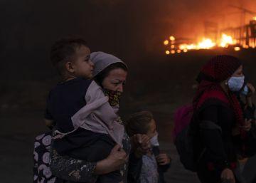 El incendio en el campo de refugiados de Moria, en Lesbos, en imágenes