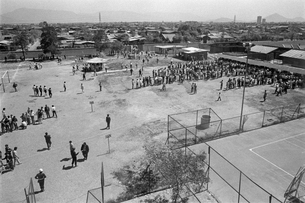 Local de votación en Cerrillos.