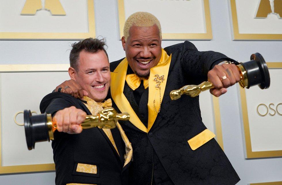 Martin Desmond Roe y Travon Free ganan el Oscar al mejor cortometraje de ficción por 'Two Distant Strangers'.