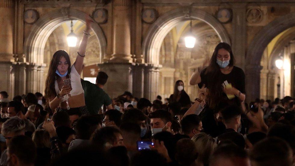 En Castilla y León, Salamanca ha sido la capital que más llamadas al teléfono de emergencias 112 ha aglutinado por incumplimientos de medidas covid y ruidos.