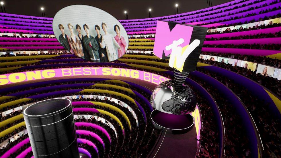 La banda coreana BTS ha ganado el premio al mejor K-Pop con Butter. Es el tercer año consecutivo que se lleva el galardón. Los siete adolescentes tenían preparado un vídeo de agradecimiento que se proyectó en la gala.