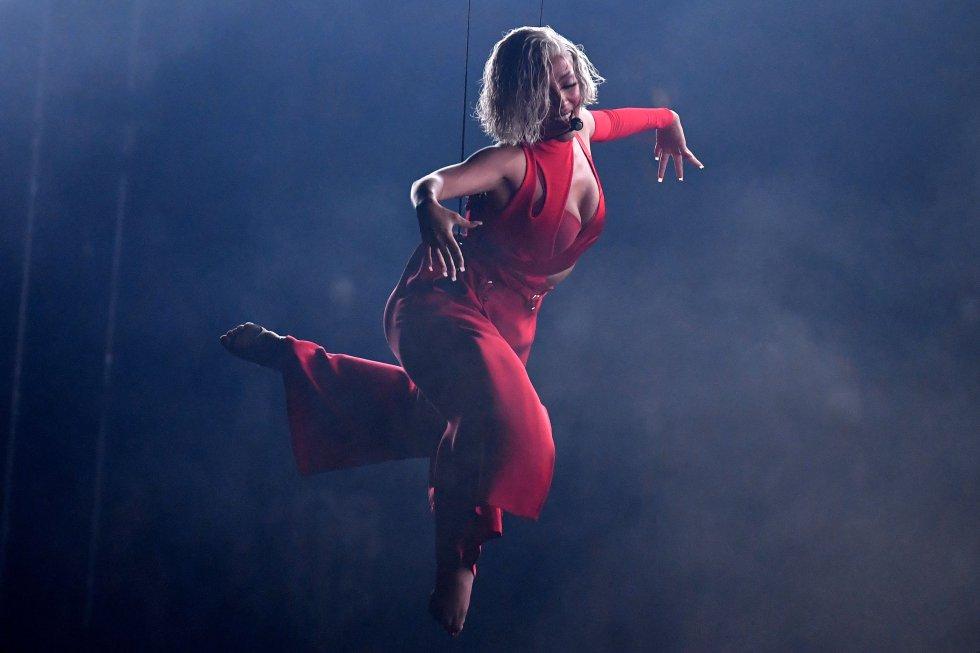 El espectáculo contó con la rapera estadounidense Doja Cat como maestra de ceremonias.