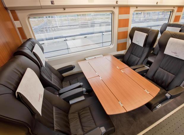 Interior ave el viajero el pa s for Trenhotel de barcelona a paris
