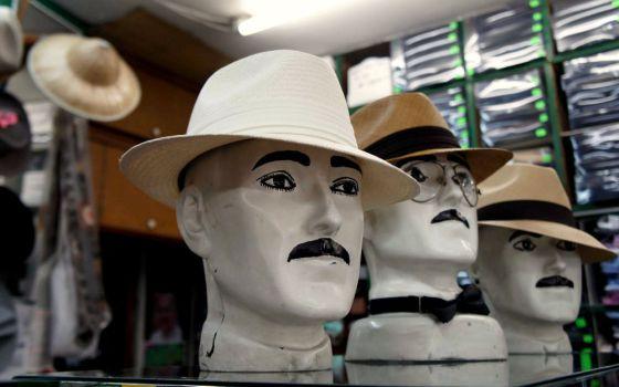 Bogotá con sombrero gardeliano  76ad9340027