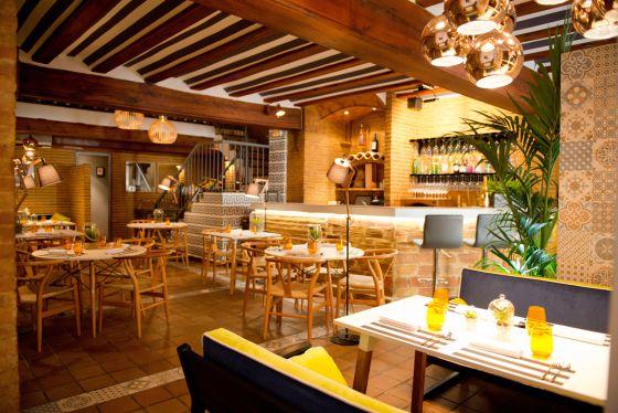 Esencia de barrio alma de bistr el viajero el pa s for La comisaria restaurante valencia