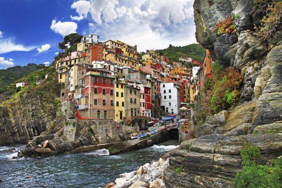 Cinque terre italia entre el mar y los riscos el for Cementerio jardin del mar