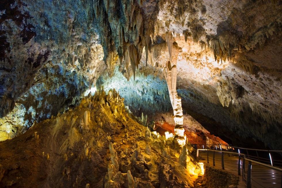 Quince cuevas alucinantes