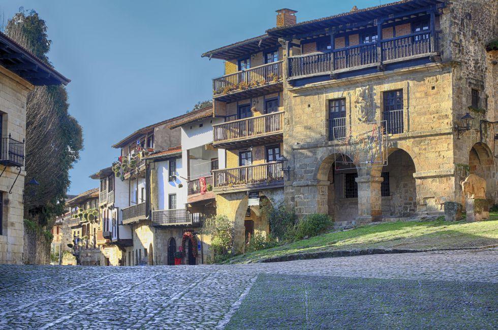 Fotos los pueblos m s bonitos de espa a ii el viajero for Casas de pueblo en cantabria