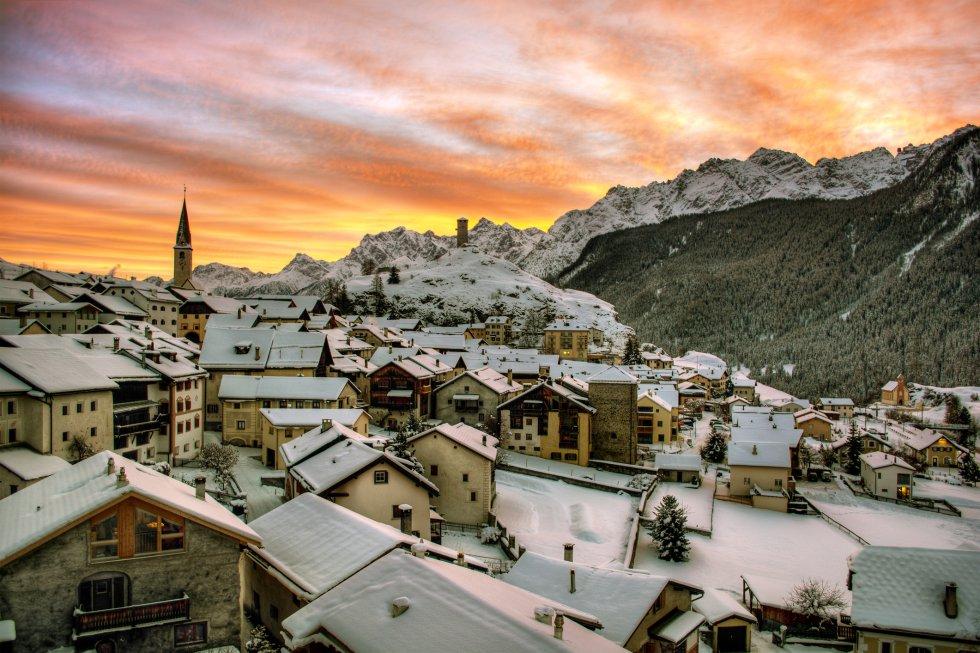 Resultado de imagen de pueblo en suiza nevado