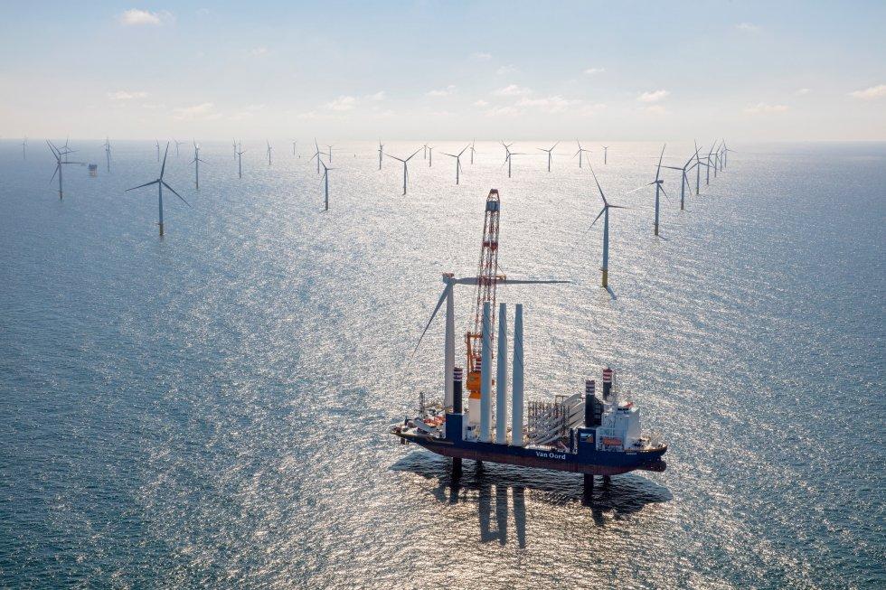 Energía. Las fuentes renovables.Ya superan al carbón. - Página 2 1510070891_604381_1510071254_album_normal