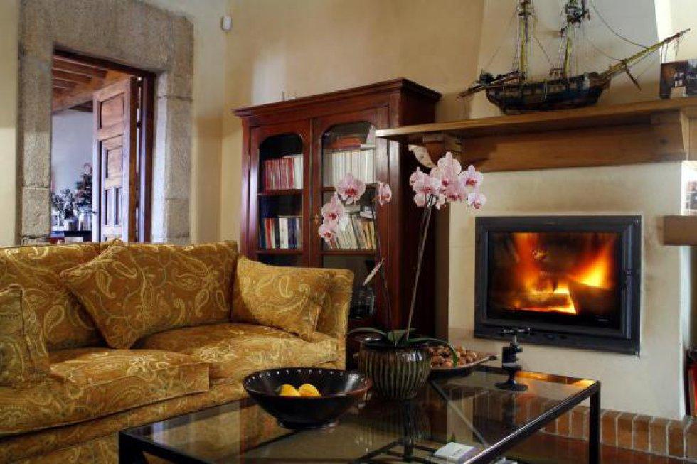 Fotos 10 casas rurales para disfrutar de una buena chimenea el viajero el pa s - Chimeneas con cassette ...