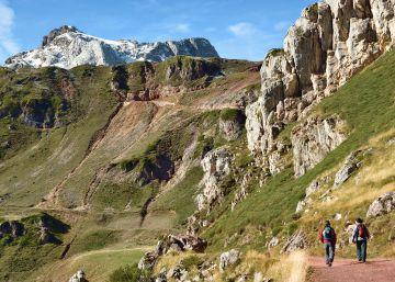 Montañas para todos en 10 fáciles rutas senderistas