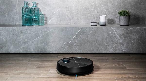 Aspira, barre, friega y pasa la mopa: un robot Conga con 380 euros de descuento