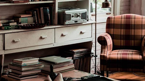 7 libros para aprender a estar en casa