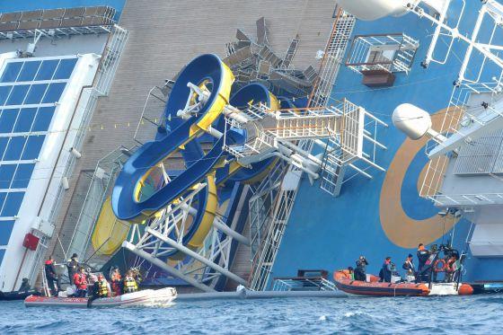 Italia suspende la búsqueda de desaparecidos en el \'Costa Concordia ...