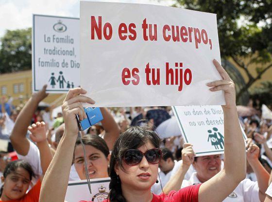 Matrimonio Catolico Y Protestante : Católicos y protestantes se alían en costa rica en una marcha u cpor