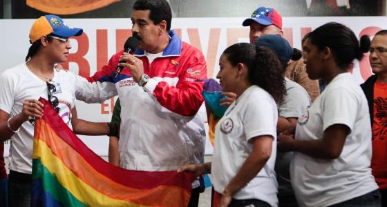 Capriles maduro homosexual