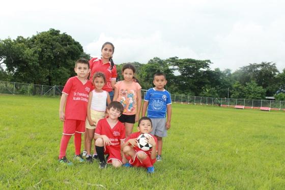 En Latinoamerica El Futbol Le Gana El Partido A La Pobreza