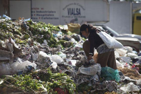 Forzoso reorientar políticas para frenar alza de pobreza