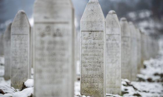 Resultat d'imatges de srebrenica memorial