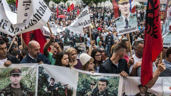 Detenido un ex primer ministro de kosovo por una orden de - Diva tv srbija ...