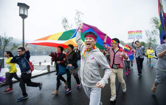 webs escorts jóvenes homosexuales