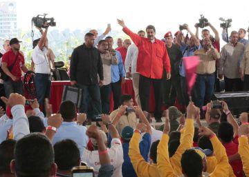 Maduro presiona a los trabajadores públicos para garantizar su apoyo en la nueva Constitución