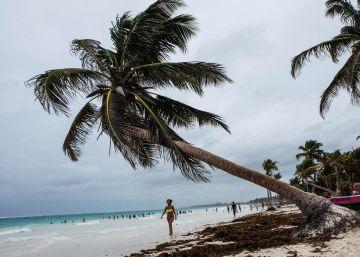 La tormenta tropical Franklin se debilita