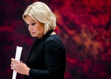 Dimite la ministra holandesa de Defensa por la muerte de dos soldados