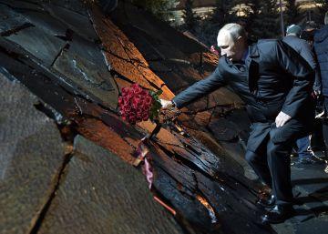 Putin denuncia la represión política en la URSS pero exhorta a cerrar las heridas