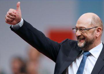 Schulz pide a un SPD dividido que le apoye para negociar con Merkel